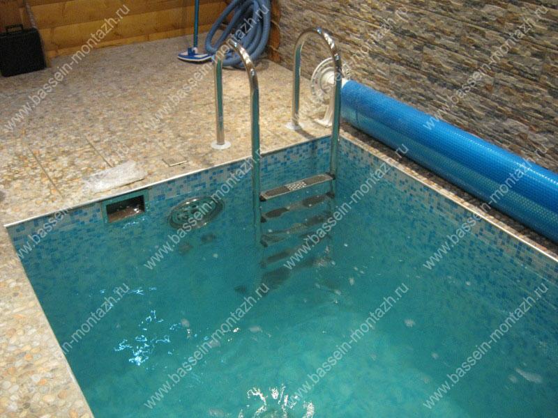 Купить лестницу для бассейна