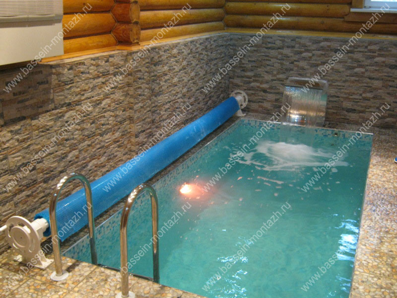 Лампы для бассейнов
