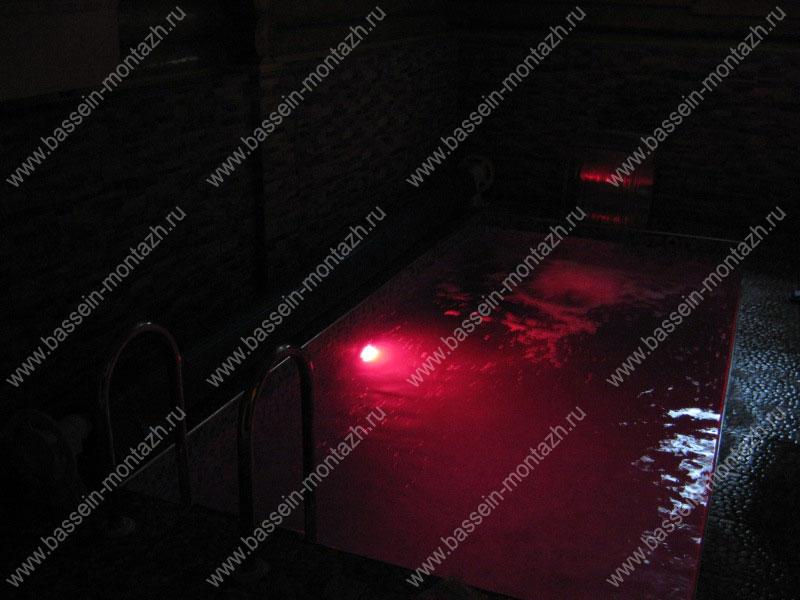 Прожектор светодиодный для бассейна