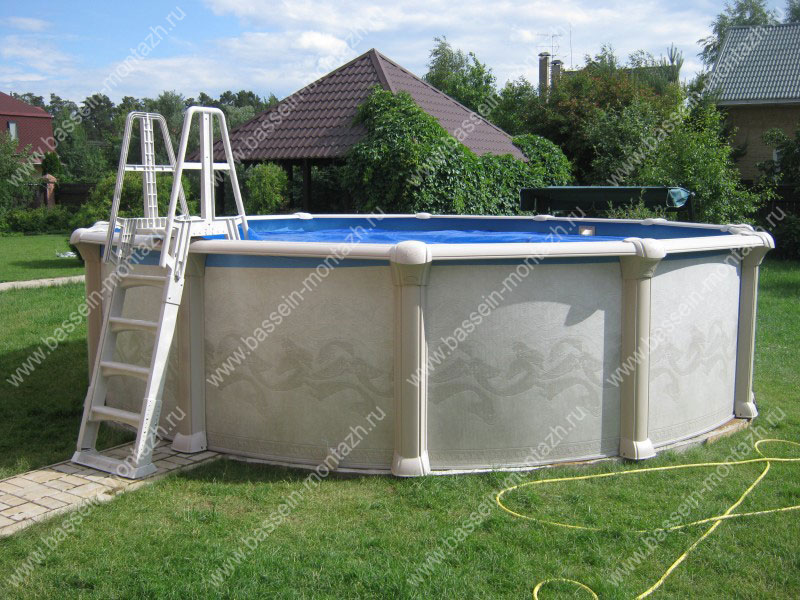 Пластиковые лестницы для бассейнов